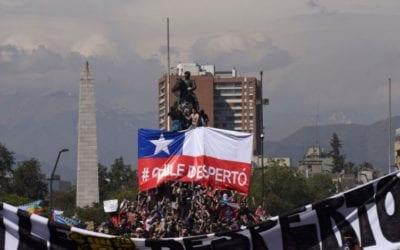 """Carlos Ruiz y el estallido de octubre: """"Tiene que ver con los grados de incertidumbre que vive la gente"""""""