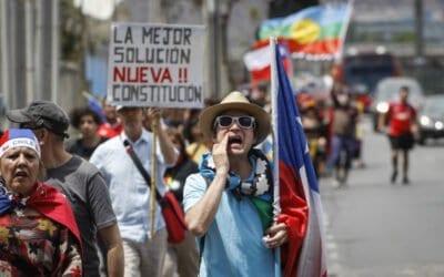 Limitaciones políticas, luchas sociales y alcances del proceso constituyente